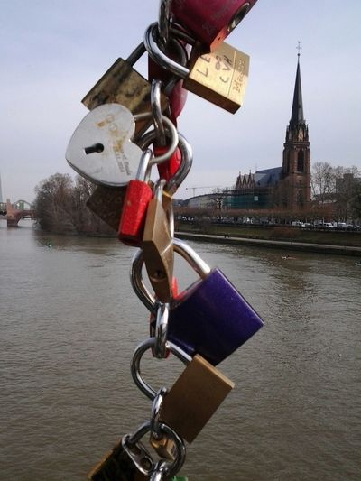 Locks Of Love Frankfurt Am Main Cityscapes Church Mainhatten Taking Photos Oldcity Lovely