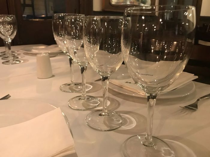 Glaseas and light Glass Food And Drink Wineglass Drink Indoors  Table Alcohol Refreshment Glass - Material Freshness Restaurant Household Equipment Wine Drinking Glass Still Life Business No People Close-up Furniture Food