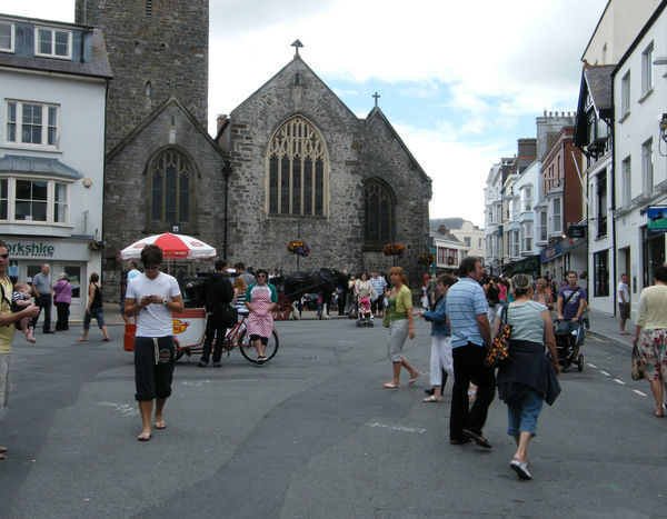 Adult Adults Only Architecture Building Exterior Built Structure City Day Large Group Of People Men Outdoors Pembrokeshire Pembrokeshire Coast Pembrokeshire Coastal Path People Police Force Police Station Real People Seaside Seaside Town Sky Tenby Women