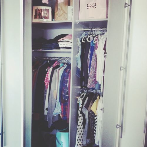 Not enough clothes !! :D Need more Clothes Closet Wantmore