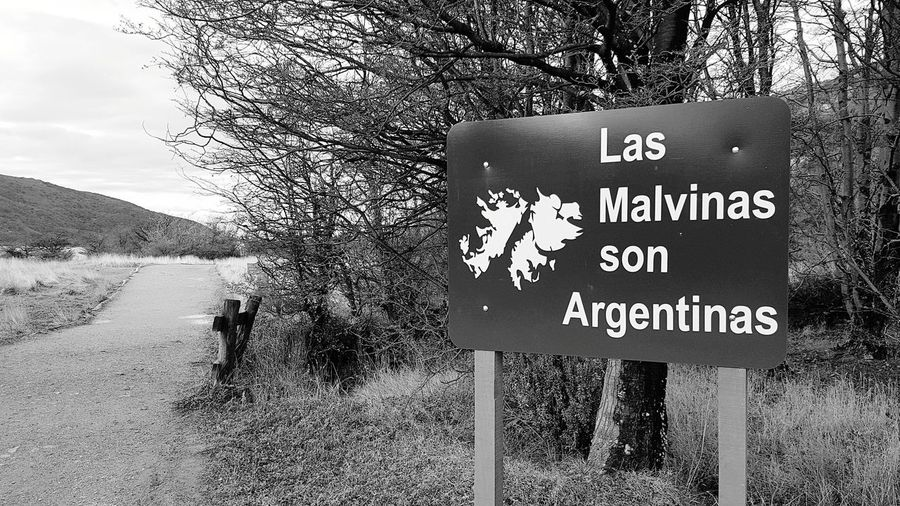 Las Malvinas son Argentinas Ushuaïa Ushuaia Argentina Ushuaia Tierradelfuego Ushuaia Arg. Text Communication Day Outdoors No People Nature Close-up Sky