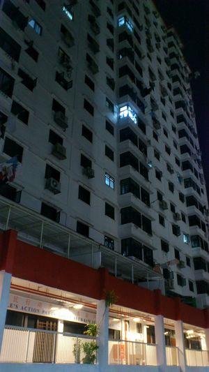 4 Sago Lane housing Singapore Snapseed Building Exterior Architecture Nightshot Residential Building Nightlights Landmark Nightphotography Mobilephotography Smartphonephotography Sonyxperiaphotography