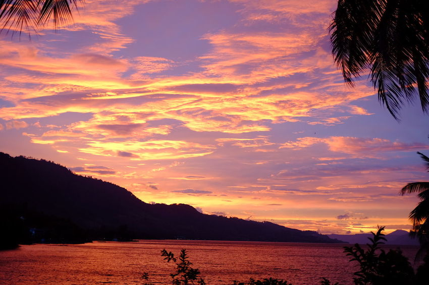 A Little Piece Of Heaven INDONESIA Travelling Beauty In Nature Water Sea Sunset Silhouette Beauty Reflection