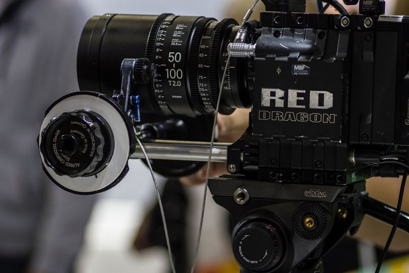 Hightech 🎥 the RED DRAGON 🐉 Technology Connection Camera - Photographic Equipment Beautiful Check This Out Open Your Mind Eye4photography  EyeEm Best Shots Tokina AT-X Pro Macro 100 F2.8 D Interesting Creativity Equipment Camera - Photographic Equipment