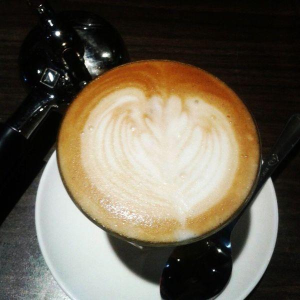 Keep learning! Latte Lattearttoday Latteart Latteporn lattemonster coffeesesh coffeegeek coffeeaddict coffeeholic justcoffee baristadiary instabarista instacoffee instaphoto instaday instadaily anakkopi espressoday espressoyourself bluemobycoffee