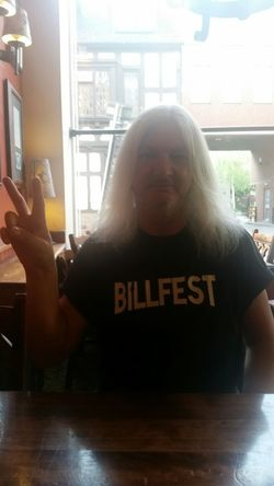 Me, Not Pretty I Know Billfest The new gig t-shirt