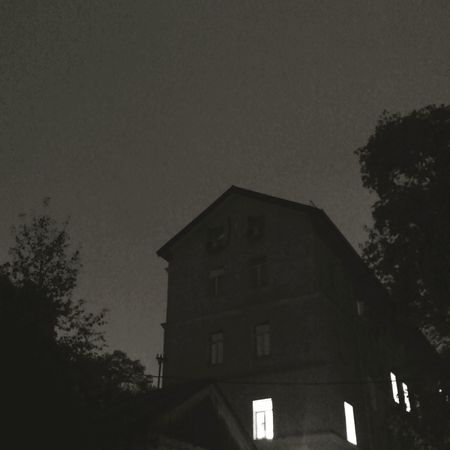 вечер двор Ночь осень минимализм Night Sky Dark Outdoors Window No People Architecture First Eyeem Photo