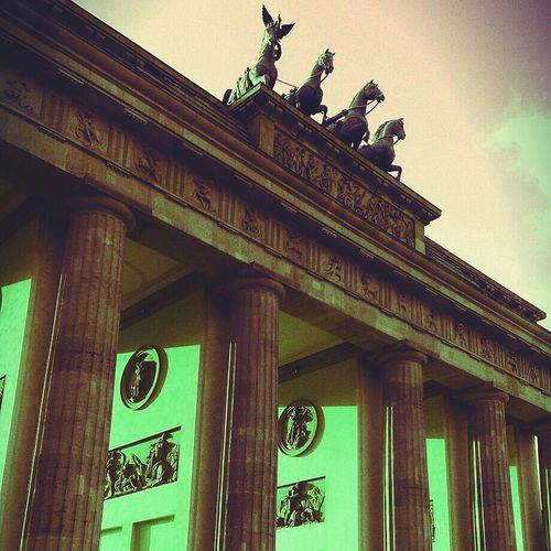 Berlin Branderburgertor The Architect - 2014 EyeEm Awards Architecture