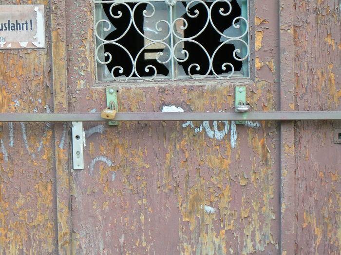 Abandoned Closed Door Fenster Und Türen Geschlossen Leipzig Padlock Protection Sicher Ist Sicher Tür Verlassen Verschlossen Vorhängeschloss Windows And Doors