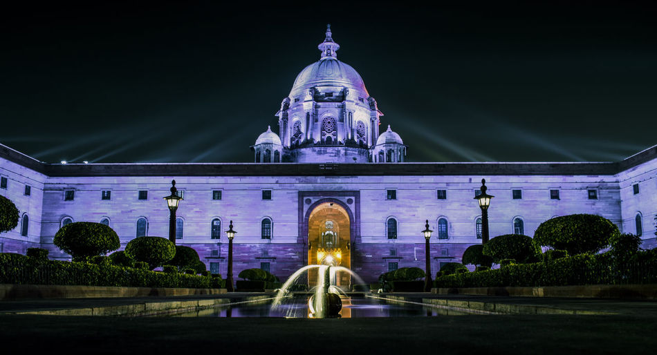 Night Illuminated Architecture Dome Travel Destinations Building Exterior Outdoors Built Structure Rashtrapati Bhawan Statue Government Politics And Government Cityscape Sky City Rashtrapatibhawan Rashtrapati Bhavan, Central Secretariat. Rashtrapati Bhavan RashtrapatiNiwas India Delhi New Delhi Diwali Diwali 2017 Diwali Lights