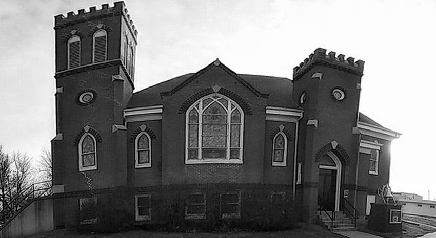 Panoramic of the Church in the Ham...... Ks_pride Atchison Church Blackandwhitephotography Kansaschurch Blancoynegro Wow_america_bnw