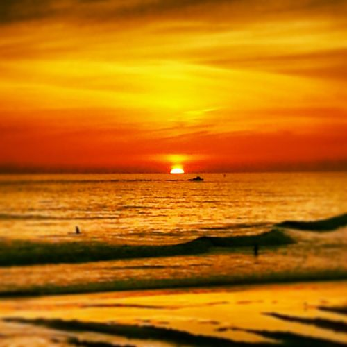 Check This Out Nofilternoedit Showcase July Sunset California Sunset Hanging Out Oceanside Clouds And Sky Naturenevergetsold Californiasunsets Hello World Sunandsea Newtalent Mix Yourself A Good Time
