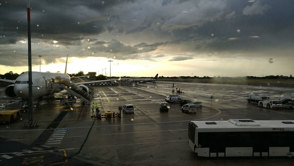Airport Cloud - Sky Sky Bologna Travel Sunset Light And Shadow Water Sunset Business Finance And Industry Sky Cloud - Sky Airport Departure Area Calm