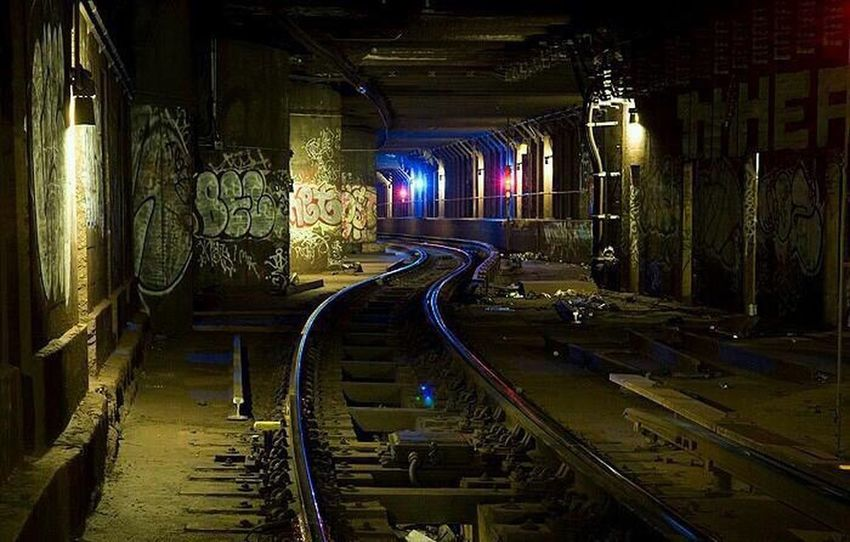 New york City tunnel Graffiti