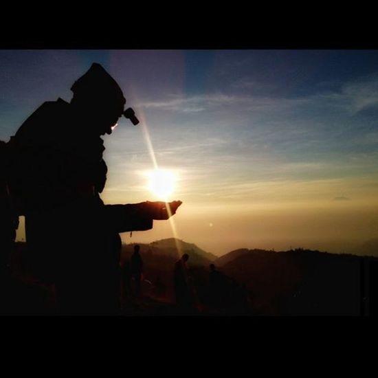 Instasize INDONESIA Dieng Prau Siluet Nature DOPE Sunrise Mountains Moment Love Saveworld Nice Sunshine Clouds Praumountain