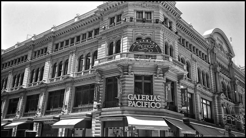 Galerias Pacifico, Buenos Aires, Argentina. Hanging Out Taking Photos Check This Out Enjoying Life Hello World From My Point Of View Walking Around The City  Calle Florida Architecturephotography Architecture_collection Eye4photography  Architecture Travelphotography Buenosaires Mall Sony Photography Pattern, Texture, Shape And Form Travel EyeEm Urban Architecture Black And White Collection  Blackandwhite B&w Streetphotography