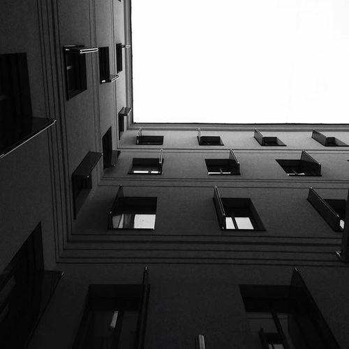 First Eyeem Photo Urban Geometry Architecture Building Black & White Rythm Shades Of Grey Light Minimalism Geometric Shapes
