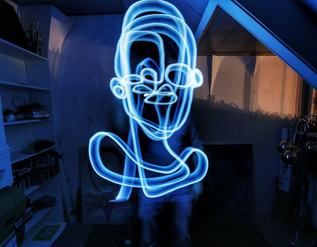 Lightphotography Continuouslineart Lightpaintingphotography Lightpainting Drawing Singleline