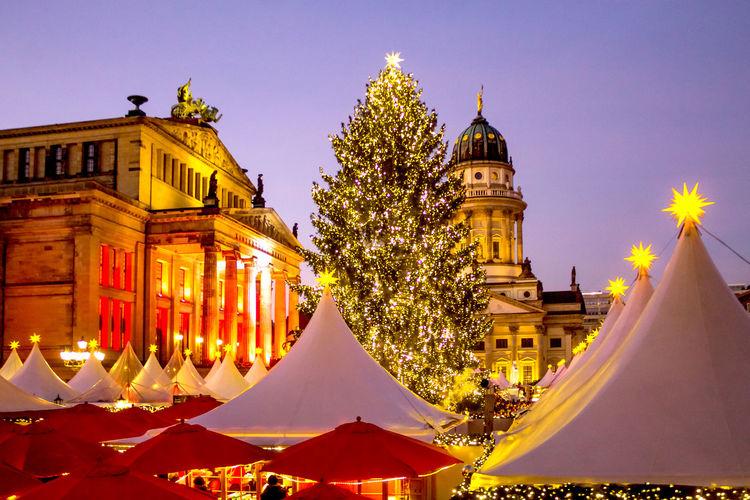 Gendarmenmarkt, Berlin Berlin Cathedral Christmas Christmas Market Colors December Sonnenuntergang Weihnachten Weihnachtszauber  Weihnachtszeit Blaue Stunde christmas tree Decoration Gendarmenmarkt Sky Sundown Sunset Weihnachtsmarkt