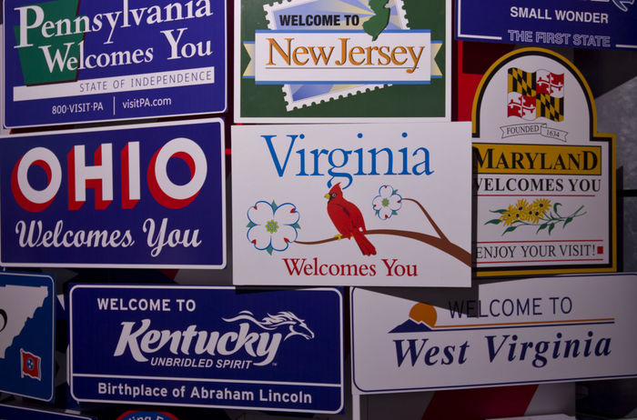 Plaques of American states display i Objects Patriotic Plaques Poster Sign USA United States Virginia America Communication Day Display Metal Nameplate Nameplates No People Object Ohio Plaque Plate Plates Retro Styled Text Tin Vintage
