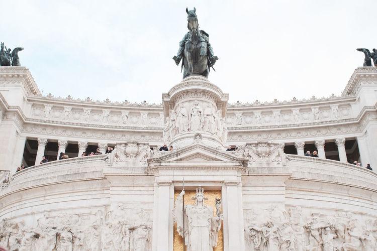 The Altare della Patria Altare Della Patria Piazza Venezia Roma Rome Architectural Column Architecture Built Structure History Human Representation Italy Sculpture Tourism Travel