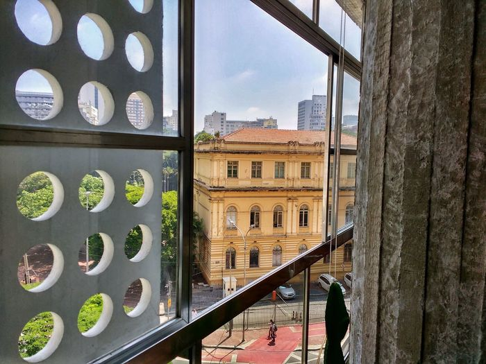 Sampa Streetphotography Building Structures Light And Shadow Centro Window Architecture Building Exterior Built Structure City Day Outdoors Apartment Sky No People