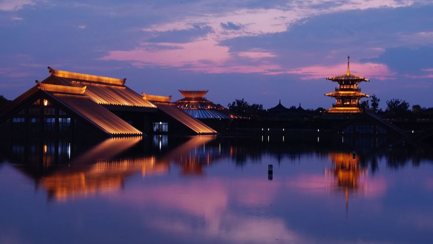 上海松江广富林遗址 Architecture Built Structure Illuminated Building Exterior Reflection Sky Water