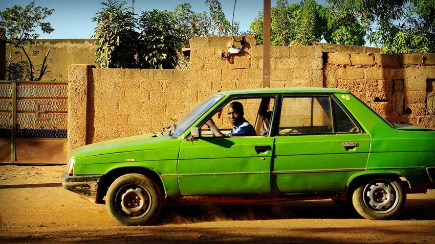 Project 55 min - 7/55 📷 Africa Burkina Faso Ouagadougou Urban Photography Cab Taxi Project55min Driving Dirt Road