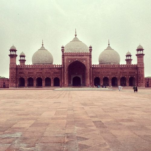 Badshahi Mosque Lahore Beautiful sky amazing peaceful summer love