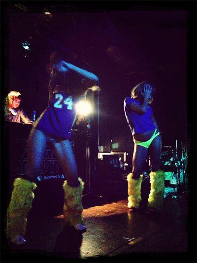 Dancing Girls IPhone5 Club Dance