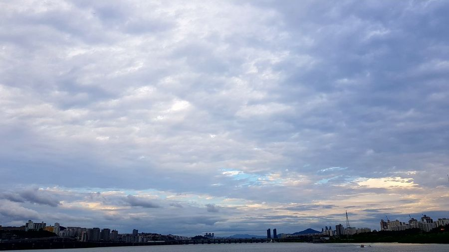 Seoul Cloud - Sky Sunset Day Landscape Beauty In Nature No People Sky Hanriver