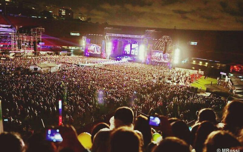 62.000 people ... Uhuuuu One Direction ❤ Show Sao Paulo - Brazil
