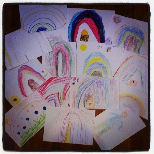 En udvalgt del af samlingen fra børnehaven <3 Børnene ved bare, at Morten er glad for regnbuer! Kunst Rainbow Regnbue IkkeEnPerlePlade Humlebo Homo LoveIt