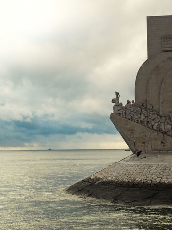 Padrao dos Descobrimentos Lisbon - Portugal Portugal Beauty In Nature Cloud - Sky Day Horizon Over Water Lisbon Monument To The Discoveries Nature No People Outdoors Padrão Dos Descobrimentos Scenics Sculpture Sea Sky Statue Water