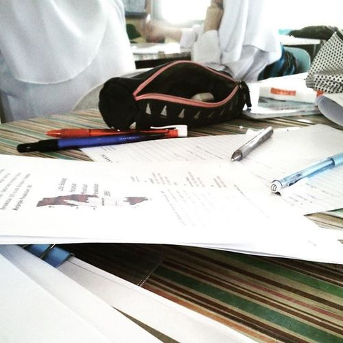 Just now.. stress with this paper 😣 Inclasslike