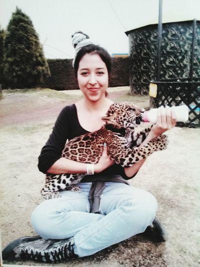 Hello World HelloEyeEm Feeding Animals Jaguar Baby Smiling Sohappy ComeToMexico Haciendapanoaya Having Fun ♥