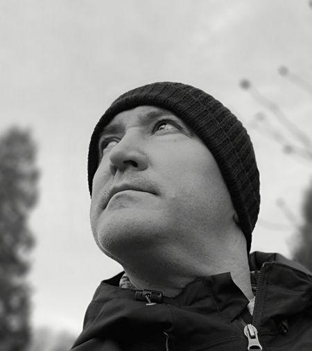 Headshot Winter Portrait Men Camouflage Clothing Close-up Sky Thinking