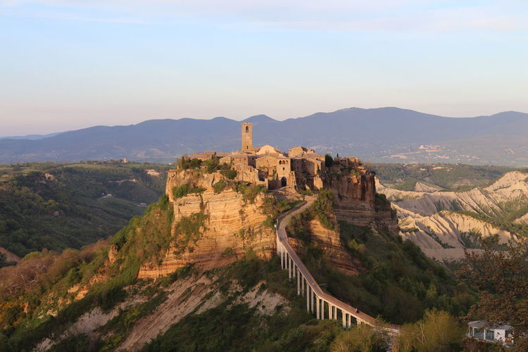 Postcard from Italy Ancient Architecture Architecture Backintime Beauty In Nature Building Exterior Built Structure Canyon Civita EyeEmNewHereHigh Angle View Isolation Italian Italy Landscape Mountain Nature No People Outdoors Postcard Scenics Sky Travel Destinations Tuscany Village First Eyeem Photo