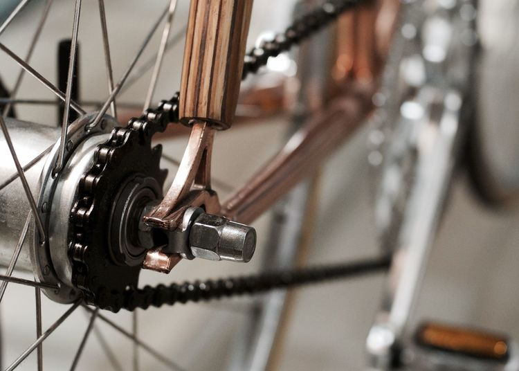 Bicycle Close-up Day Focus On Foreground Gear Indoors  Land Vehicle Mode Of Transport No People Spoke Transportation Wheel