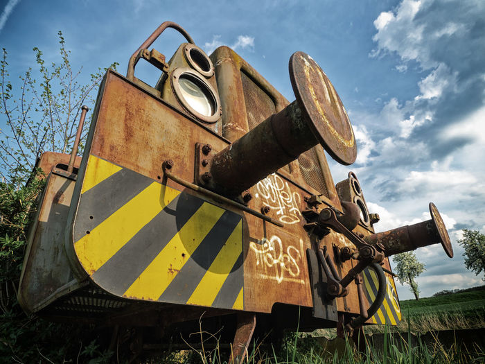 disused engine DISUSED Eisenbahn Lost Place Low Angle View Obsolete Abandoned Cloud - Sky Lostplaces Low Angle View Metal Mode Of Transportation Old Rostig Ruined Rusty Sky Sunlight Train - Vehicle Transportation Weathered Yellow