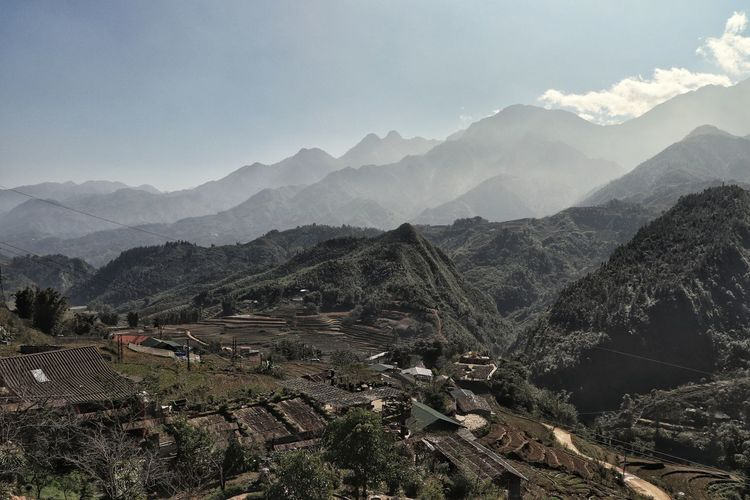 Scenic view of mountain range against sky in sapa