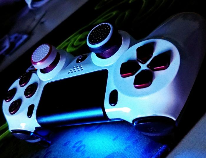 A game isn't the real life PS4 DS4 Game Controller