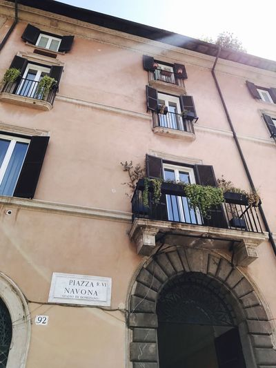 Super UaU Nice Awesome Guide Travel Love Lihgt Sun #Rome Architecture Building Exterior Low Angle View Built Structure Window Day Sky