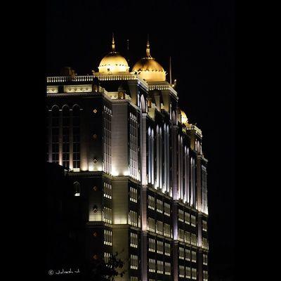Neon Lights Golden Building Architecture Beautiful Hospital Night City Lights Attention_seeker Mumbai Mymumbai Mumbai_City Pw_mumbai India