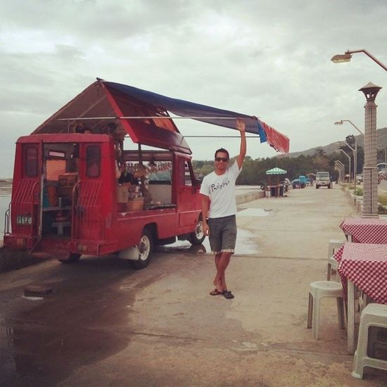 First time to see this 'van/rolling store'. Onlyinsiquijor Wowphilippines Itsmorefuninthephilippines Wowsiquijor siquijor ilovesiquijor exploresiquijor tourism salagdoongbeach centralvisayas visayas livingasia kristv thephilippines festival rollingstore