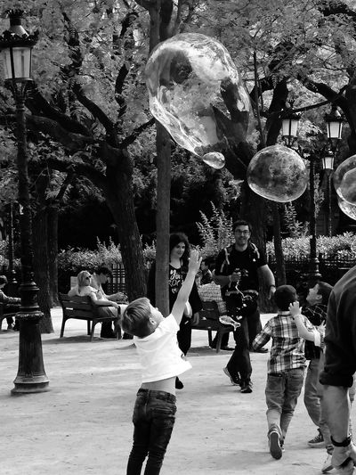 Reaching Bubbles Fun Kids Real People Group Of People Crowd Large Group Of People Men Women Lifestyles Street City EyeEmNewHere