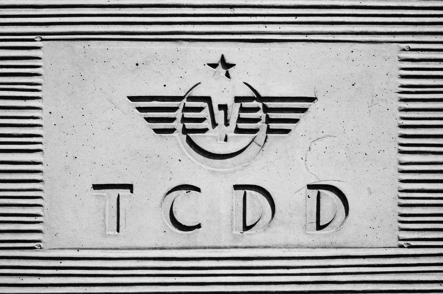 Commercial Logo TCDD Beton Duvar Wall Türkiye Cumhuriyeti Devlet Demiryolları