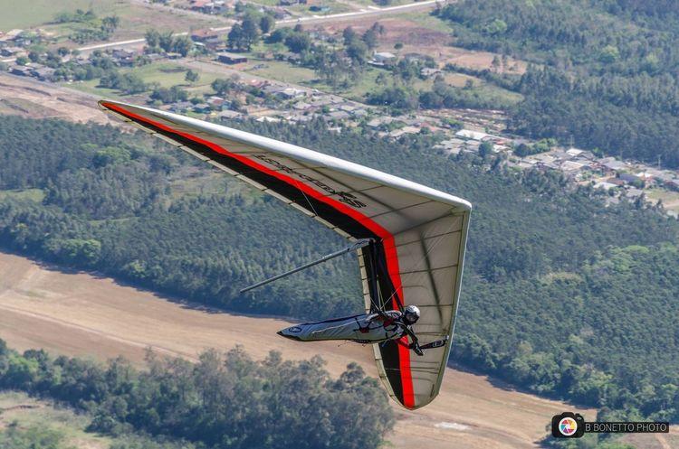 Hang gliding at Ferrabraz hills Scenics Flying Adventure Radical Sport
