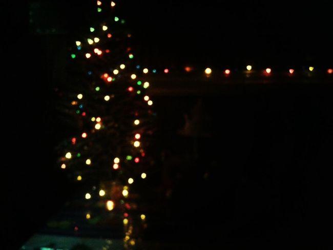 se prenden y se apagan... y quiero terere e'a jaja Luces de Navidad sala de casa...