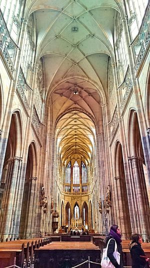 Prague Religion Architecture Europe Travel Destinations Bestofeurope History Architecture Cathedral Built Structure Hanging Out Photooftheday Ig_captures Ig_worldclub Arch Place Of Worship Indoors  Day Spirituality One Person People